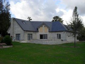 Vue maison extérieur construction